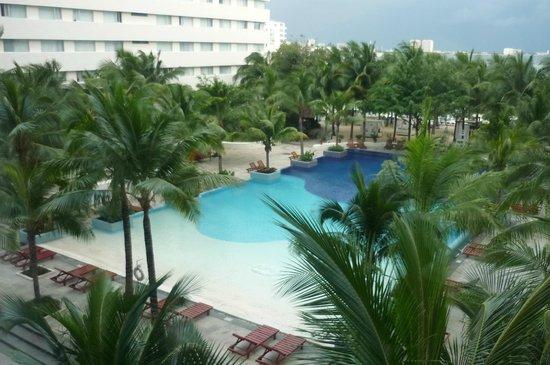 Grand Oasis Palm: Una de las piscinas del hotel