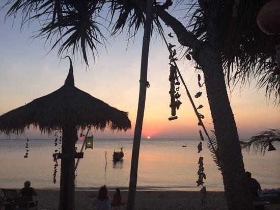 Coco Lanta Resort: tramonto gennaio 2013