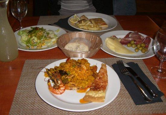 Sol Falcó All Inclusive: Grande varietà di cibo