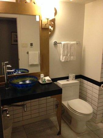 Auberge Place D'Armes : salle de bain