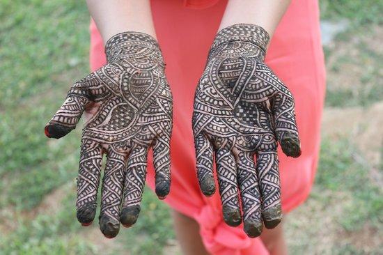 Mystic India: Bridal mehndi for hands