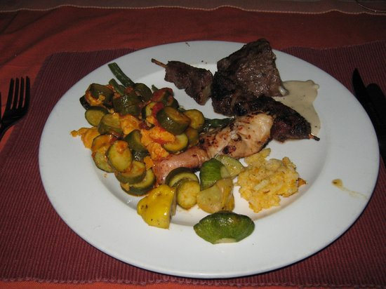 Inyati Game Lodge: Dinner-