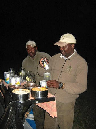 "Inyati Private Game Reserve, Sudáfrica: Sundowner ""bar""-great G&Ts!"