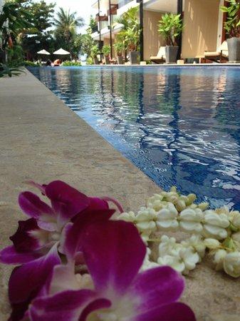 La Flora Resort Patong: Terassen