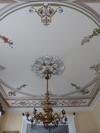 Goodwood Museum and Gardens : Fresco