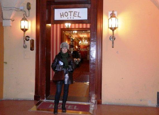 Il Canale Hotel: Entrada