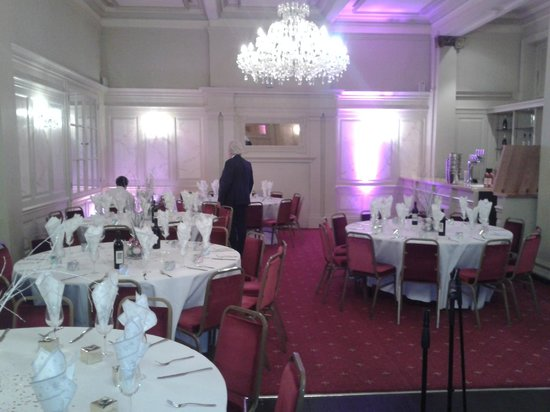 Queen's Hotel : Just had to take a pic of a function being set up