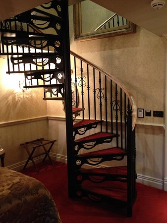 Coombe Abbey Hotel: The Nesfiled