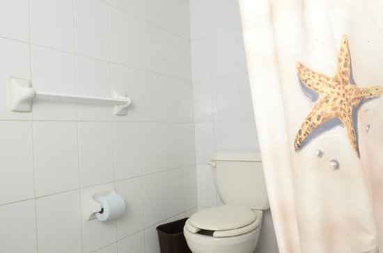 Hotel Delfines: Baño