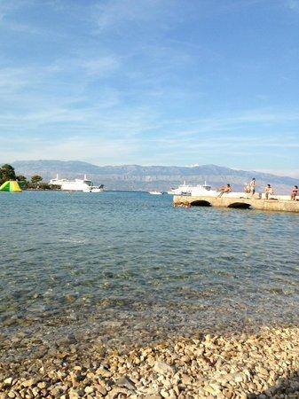 Waterman Svpetrvs Resort: Пляж