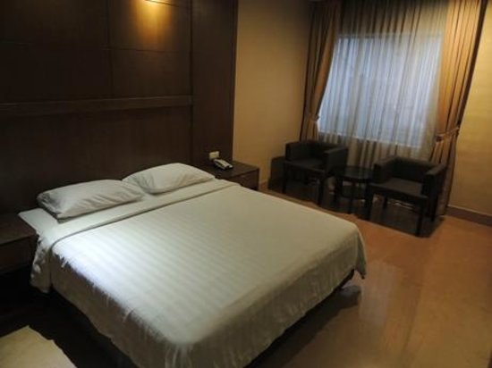 Grand Sakura Hotel: bedroom