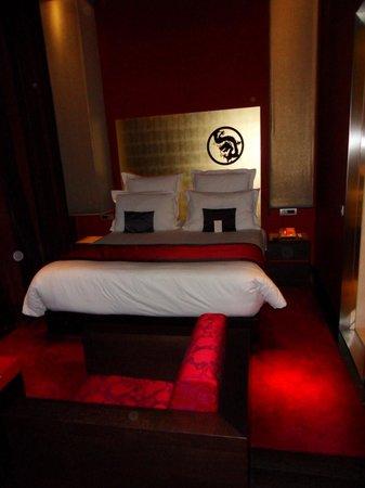 Buddha-Bar Hotel Budapest Klotild Palace : chambre