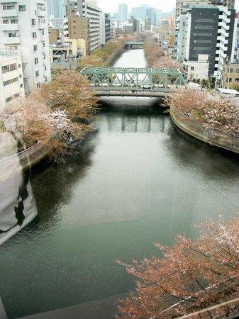 Day Nice Hotel Tokyo : вид из окна 7 этажа