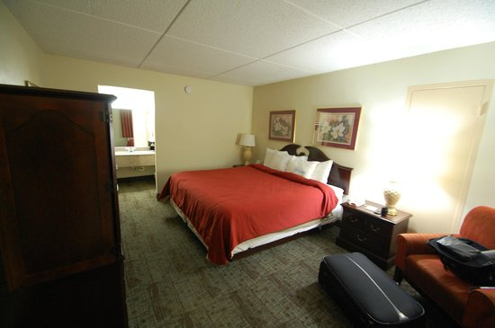 Days Inn Chattanooga-Rivergate: The Bed