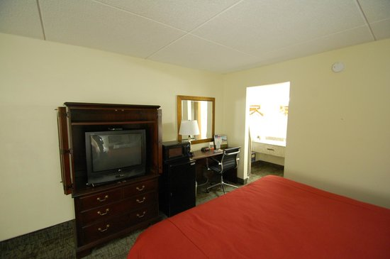 Days Inn Chattanooga-Rivergate: The Room