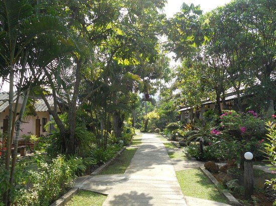Noppharat Resort: Jardin