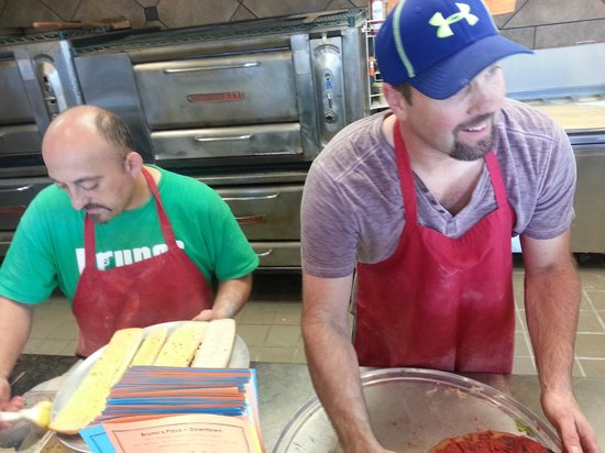 Bruno's Pizza : Time to make the Pizza