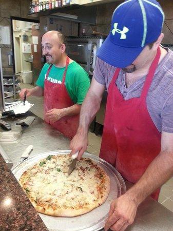 Bruno's Pizza : Team Work