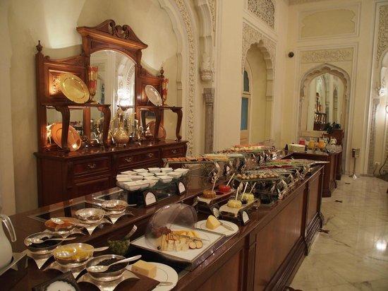 Rambagh Palace: Breakfast Buffet