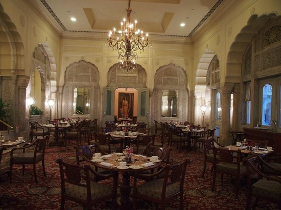 Rambagh Palace: One of the formal dining room (dress code)