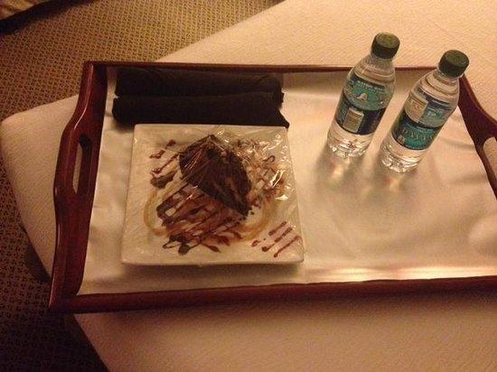Holiday Inn Resort Galveston-On The Beach : Birthday treat
