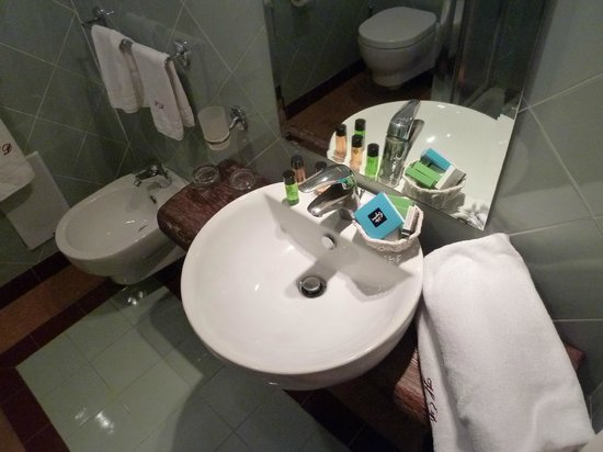 Decumani Hotel de Charme : Bathroom