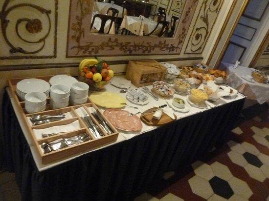 Decumani Hotel de Charme : Breakfast