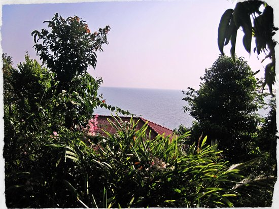 Koh Jum Oonlee Bungalows: View from the restaurant