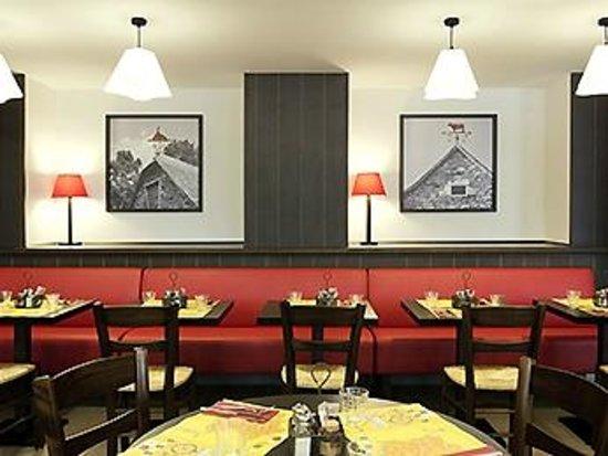 Grill Courtepaille : Salle restaurant