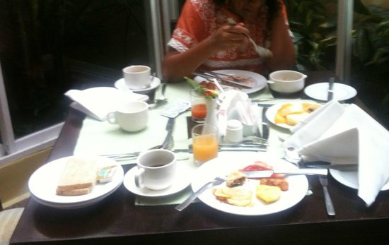 AsaRay Private Day Tours: Typical Breakfast