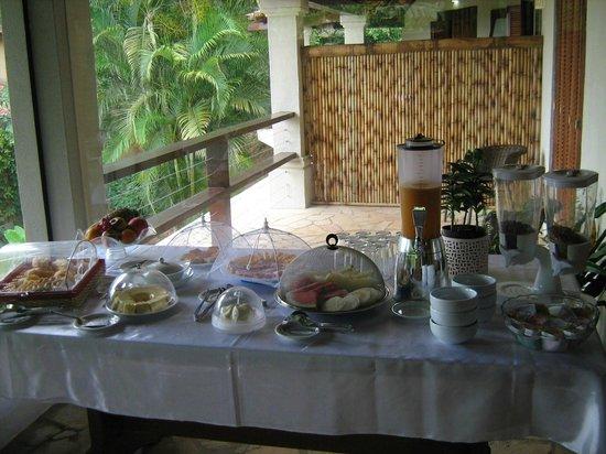 Servus Guest House : sala cafe da manha