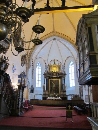 Église du Dôme : Вид на алтарь