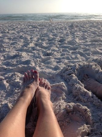 Siesta Beach: toes in the sand