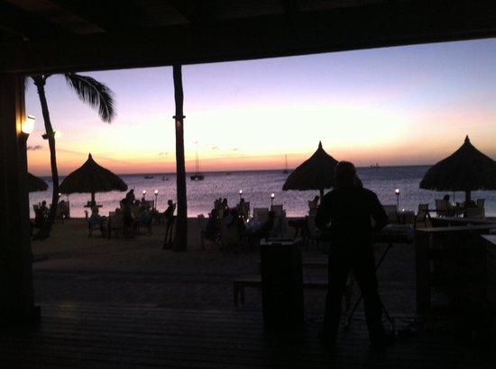 Atardi: Beautiful Sunset @ Simply Fish