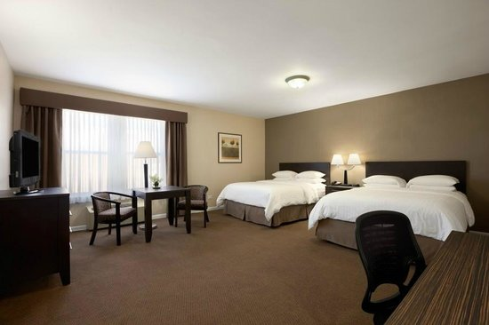 Days Inn Chicago: Business Class Room with Two Queen Beds
