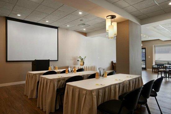 Days Inn Chicago: Meeting/Banquet Space