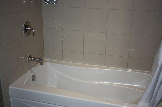 Eastside Cannery Casino & Hotel: Bathroom