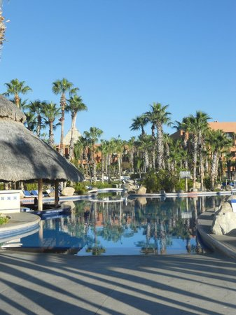Melia Cabo Real All-Inclusive Beach & Golf Resort : view of the pool/courtyard