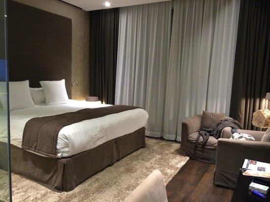 Melia Dubai Hotel: contemporary room design