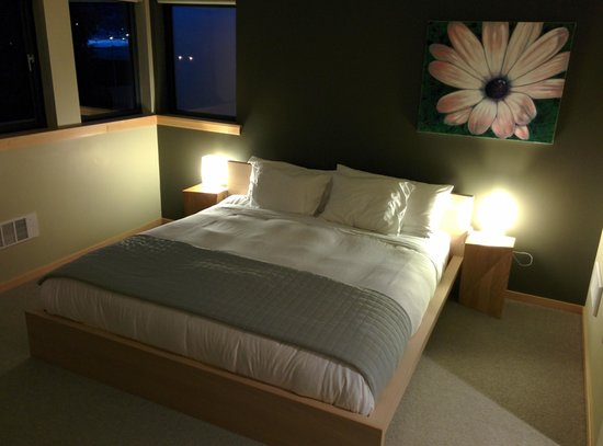 The Island Inn at 123 West: Bedroom Penthouse 5