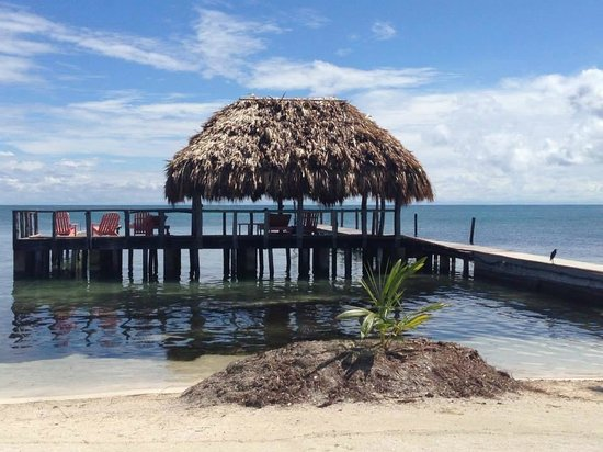 St. George's Caye Resort : View of the dock