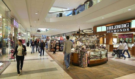 Oak Park Mall Food Court Restaurants