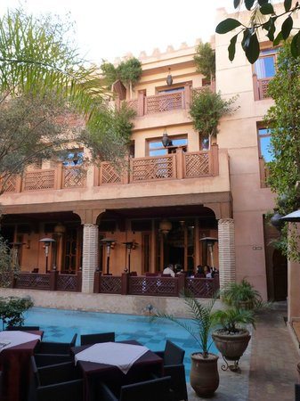 La Maison Arabe : Central courtyard with pool