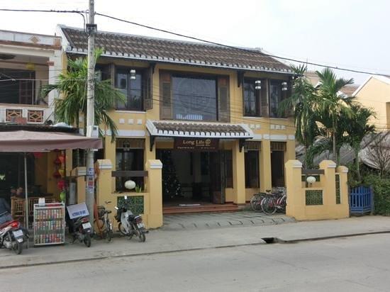 Long Life Riverside Hotel: esterno