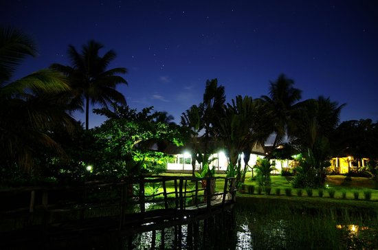 Hotel Le Lagon by Night