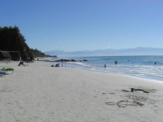 Grand Palladium Vallarta Resort & Spa: The Beach