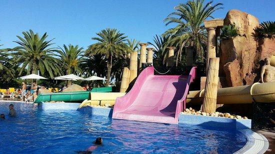 Camping & Resort Sanguli Salou : swiming pool