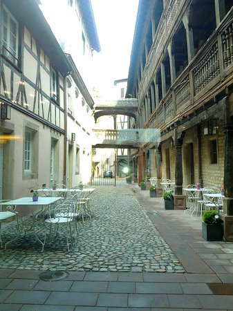 Hotel Cour du Corbeau Strasbourg - MGallery Collection: entre