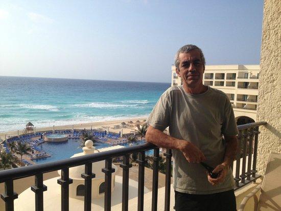 CasaMagna Marriott Cancun Resort : Vida difícil
