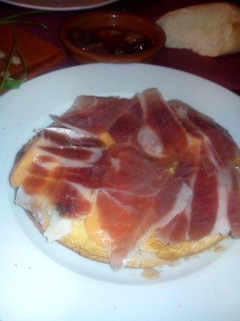 Toston de Jamon.Meson El Toston. Calle Calañas 3 , Huelva